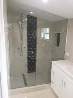 We measure, supply and introduce a wide range of shower screens , reflects, and sliding wardrobe entryways. At spending plans everybody can bear.