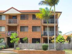 3/69-71 Toorbul Street Bongaree Qld 4507 This 2 bedroom unit is hard to beat on price and location. Feature are * Body Corp is only $522 per 1/4 approx * Huge open plan living area * Lovely fenced courtyard for relaxed lifestyles * Swimming pool in the complex for those hot summer days * 2 air conditioners * Modern kitchen and bathroom * 1 car lock up garage at rear of complex * Bus stop right next door * Great Tenant will stay or go. Currently paying $250 a week. At this price this beauty will not last, Call Jan Brown asap. Sale Details$255,000 NEG
